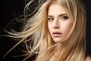 miodowy blond