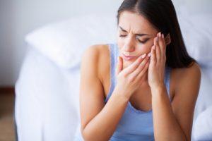 zepsutych zębach